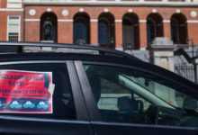 Photo of Massachusetts Sues Uber and Lyft Over the Status of Drivers